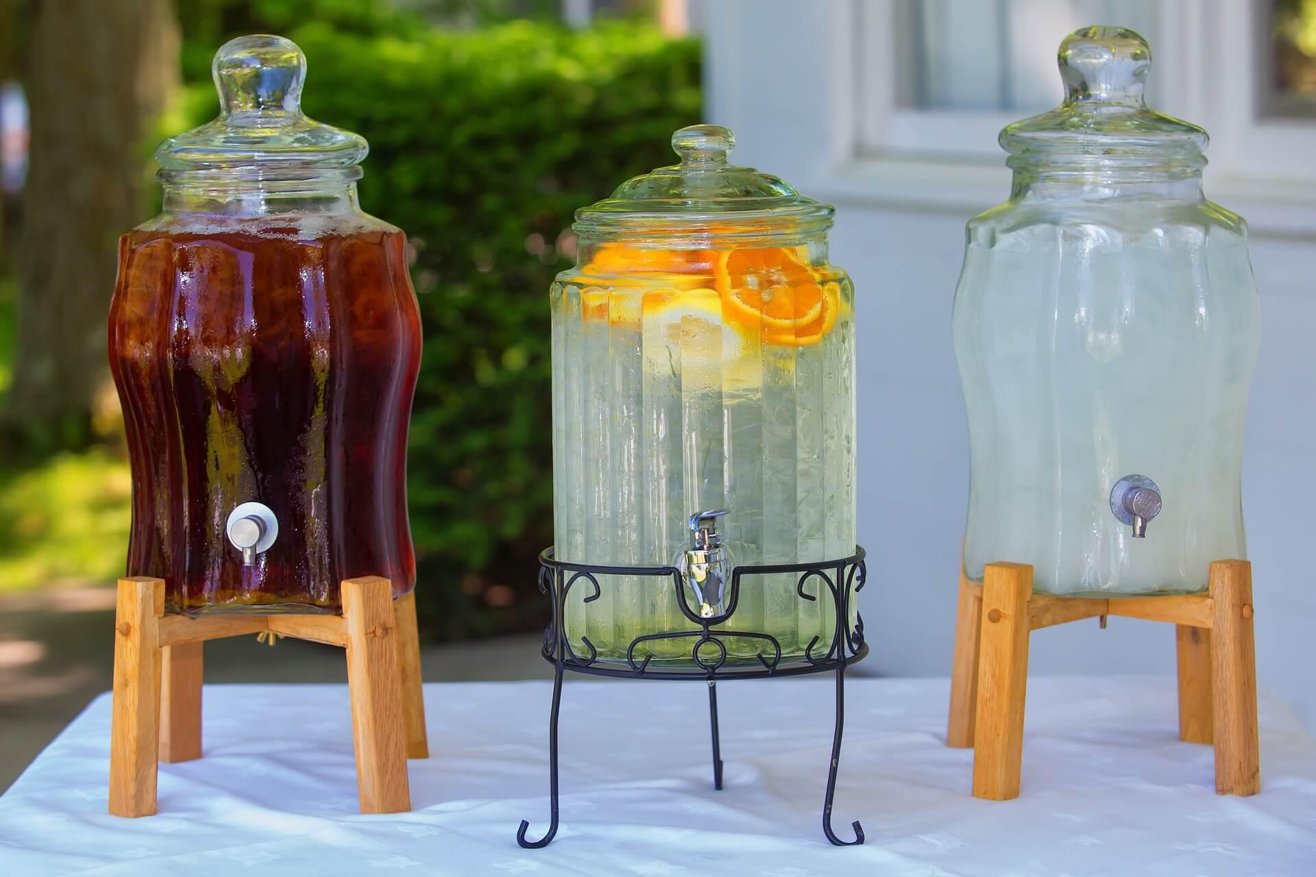 Getränkespender mit Zapfhahn  Zapfsäule Dispenser aus Glas Glasdeckel 4  L